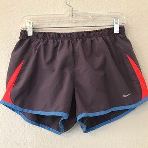 Nike Athletic Shorts sz Medium